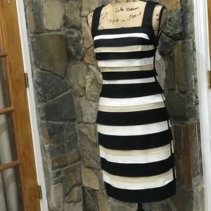 White House Black Market tiered dress size 4